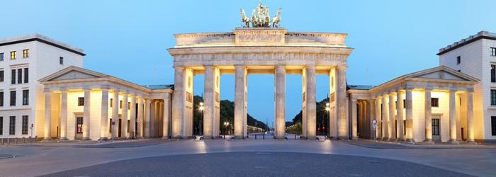 Berlin Luxustrip: 2 Nächte im 5-Sterne Waldorf Astoria Hotel inkl. Frühstück & Upgrade auf ein Superiorzimmer + Flug ab 266€