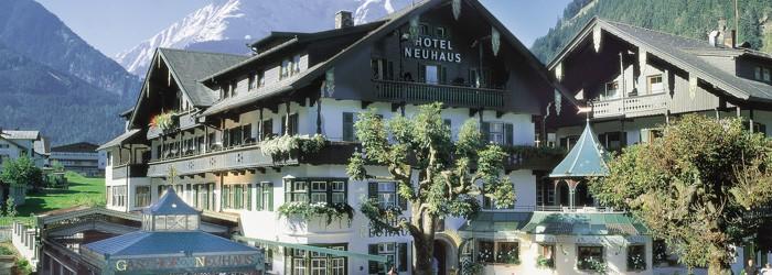 Mayrhofen im Zillertal: 5 oder 7 Nächte im Alpendomizil Neuhaus – Landhaus Mayrhofen inkl. Halbpension + Wellness ab 229 Euro pro Person von Mai – Oktober