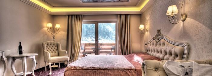 Romantik mit Kristallwelt: 2 oder 5 Nächte im 4* Hotel inkl. Halbpension + Eintritt in die Swarovski Kristallwelten + Wellness ab 190 Euro pro Person von Juli – Dezember