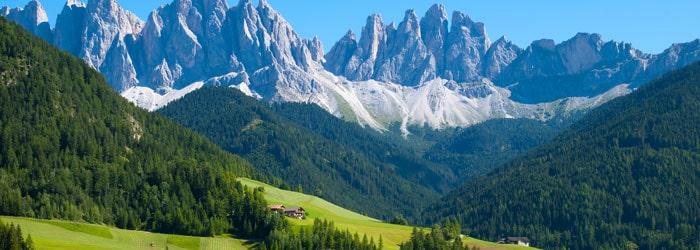 Sommer in den Dolomiten: 5 oder 7 Nächte im 4* Hotel inkl. Frühstück + Massage + Wellness ab 169€ p.P. von Juli – September