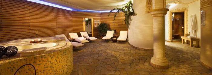 Herbstgenuss in Südtirol: 3 Nächte im 4* Hotel inkl. Frühstück + 1x Abendessen + Wellness uvm. um 159 Euro pro Person