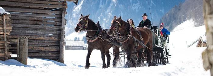 Winterliches Salzburg: 5 oder 7 Nächte in Rauris inkl. Halbpension Plus + Pferdekutschfahrt + Sauna ab 189 Euro pro Person