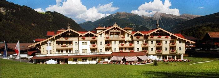 Bergromantik im Zillertal: 5 oder 7 Nächte im 4* Hotel inkl. Halbpension Plus + Wellness uvm ab 219€ pro Person