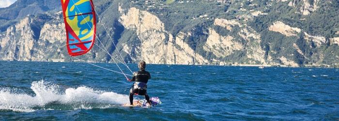Dolce Vita und Kite-Surfing am Gardasee: 2 Nächte inkl. Frühstück + Kite-Surf-Kurs ab 189 Euro pro Person