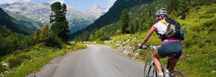 Wandern & Radeln in Tirol: 3, 4 oder 7 Nächte im 4* Hotel + All-Inclusive light Verpflegung + Wellness ab 119€ pro Person