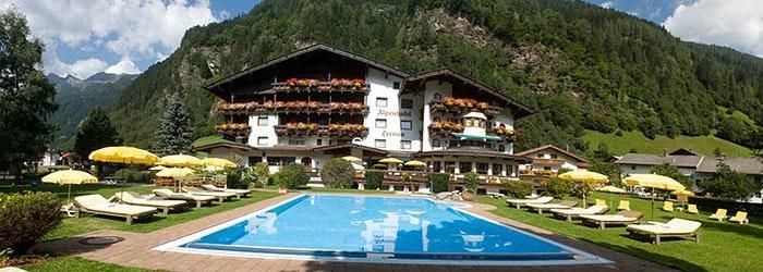 Natur pur im wunderschönen Stubaital: 3 Nächte im 4* Hotel inkl. Verwöhnpension + Wellness um 141 Euro pro Person