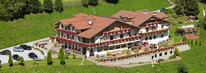 Familienurlaub in Südtirol: 7 Nächte im 3* Hotel für 2 Erwachsene + 2 Kinder um 198€ insgesamt
