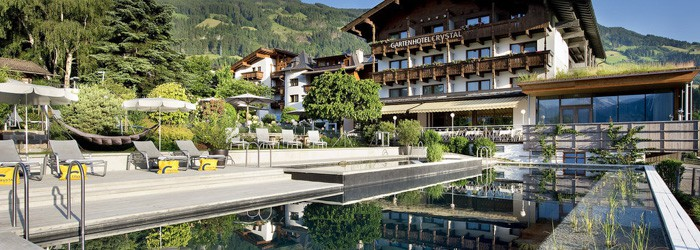 Fügen im Zillertal: 2 oder 4 Nächte im 4* Gartenhotel Crystal inkl. Halbpension Plus + Wellness ab 169€ p.P. von April – Juli