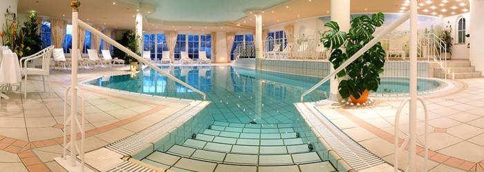 Bad Hofgastein: 2 – 7 Nächte im 4,5* Hotel Zum Stern inkl. Halbpension Plus + Wellness ab 189€ p.P. von Mai – Oktober