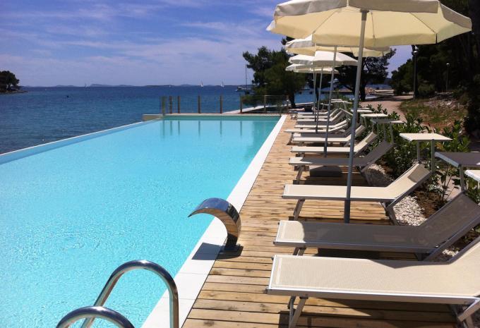 Crvena Luka Hotel Pool