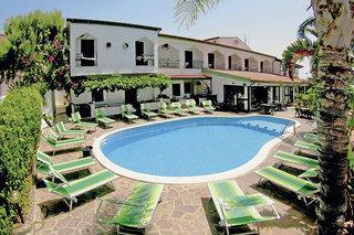 Kalabrien Urlaub Hotel Pool