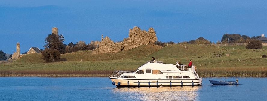 Hausboot Irland Boot im Wasser