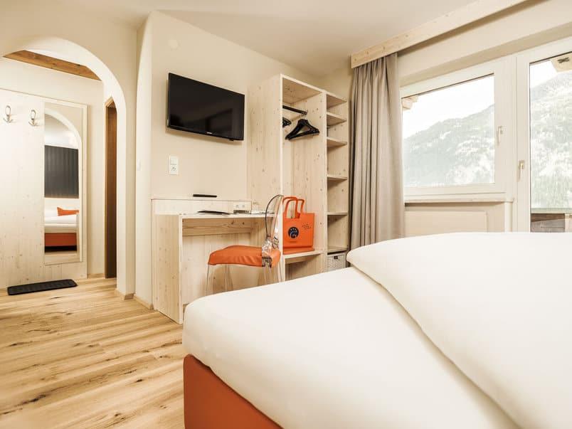 Zillertal Pop Down Hotel Zimmer