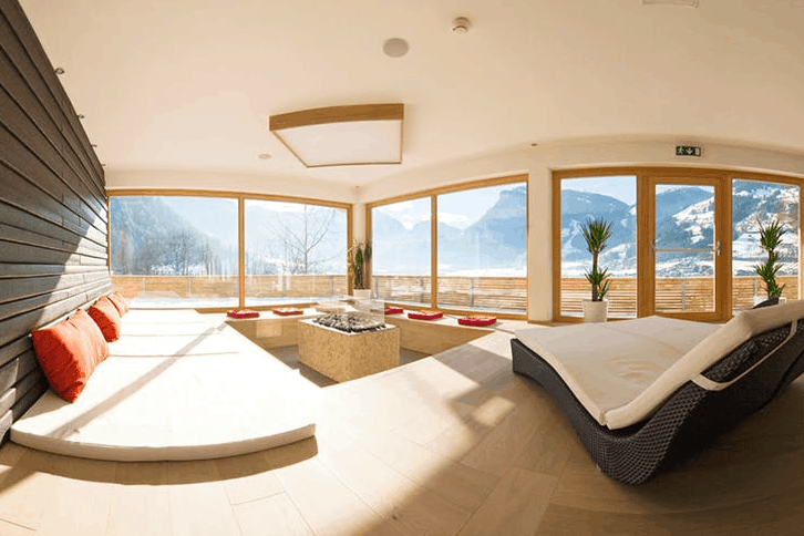 Zillertal Hotel Mountain & Soul Wellness