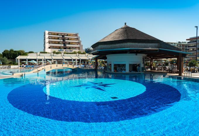 Savoy Beach Hotel Pool