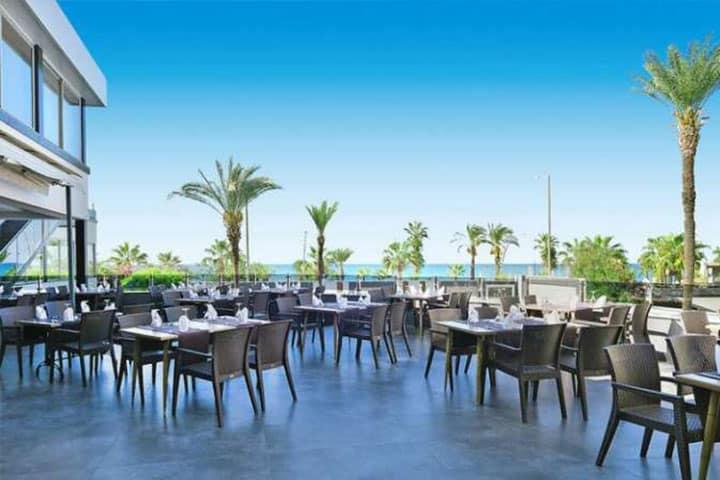 Kaila Beach Hotel Aussen